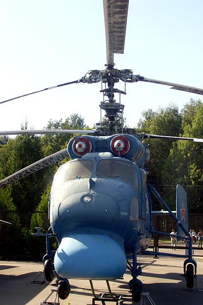Двухвинтовая соосная схема обеспечила вертолету небольшие габариты в сочетании с высокой маневренностью, особенно...