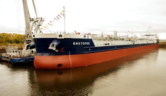 П. Пименова стала крестной матерью для танкера-химовоза