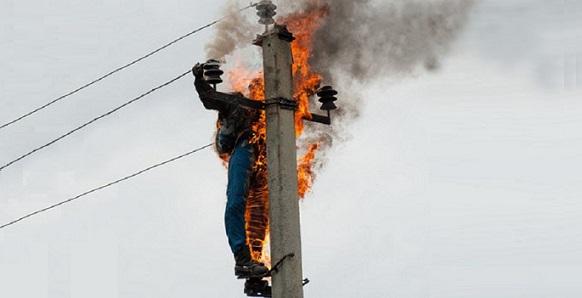 Милиция задержала 2-х забравшихся наопору ЛЭП нижегородцев
