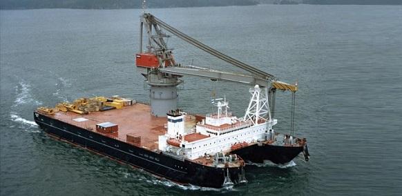 Титан-2 никогда не был в Черном море, сдавался в бербоут -чартер сразу после ввода в эксплуатацию