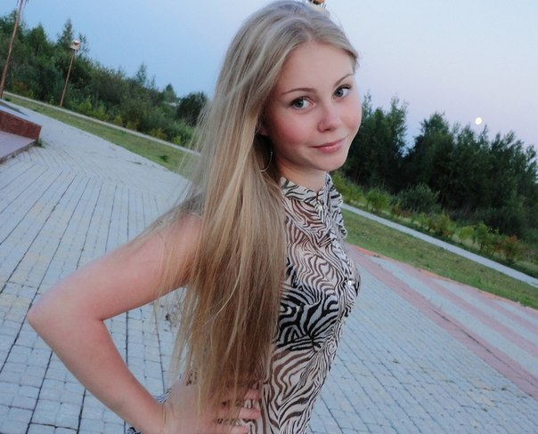 foto-devushek-seksualnoe-v-pol-oborota-professionalnoe