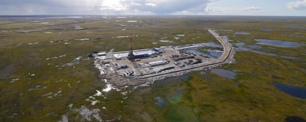 По словам нефтяников, до конца года будет введен в эксплуатацию центральный пункт сбора, который сейчас функционирует...