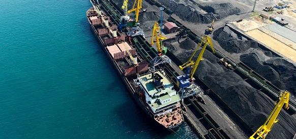 Картинки по запросу порт угля китай