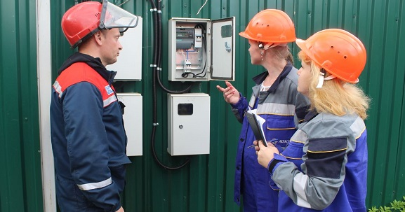 Энергетики МОЭСК навсе 100% восстановили электроснабжение покупателей вМосковском регионе