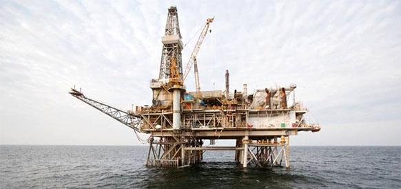 Платформа Чираг BP на блоке АЧГ в азербайджанском секторе Каспийского моря