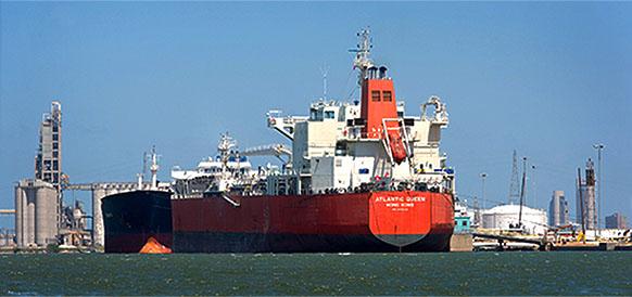 Нефтяной док в порту Корпус-Кристи, шт Техас