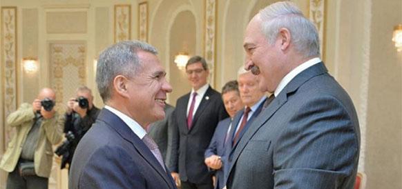 Президент республики Татарстан Рустам Минниханов и президент Республики Беларусь Александр Лукашенко