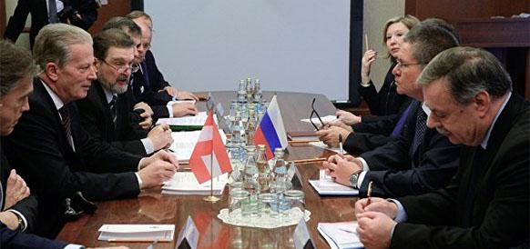 Встреча вице-канцлера, министра науки, исследований и экономики Австрии Райнхольда Миттерленера и министра экономического развития РФ Алексея Улюкаева