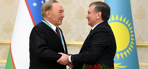 Президент Казахстана Нурсултан Назарбаев и президент Узбекистана Шавкат Мирзиеев