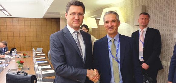 Министр энергетики РФ Александр Новак и генеральный секретарь МИРЭС Кристоф Фрай
