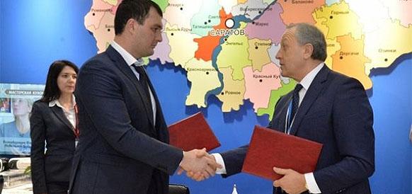 Губернатор Саратовской области Валерий Радаев и президент РосАгро Магомед Абубакаров