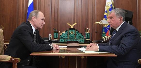И. Сечин на рабочей встрече с В.Путиным заметно волновался.