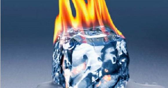 Китайские нефтяники впервый раз вистории добыли «горючий лед»