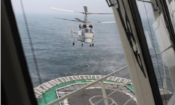 Вертолет Ка-27ПС впервый раз совершил посадку наледокол «Илья Муромец»