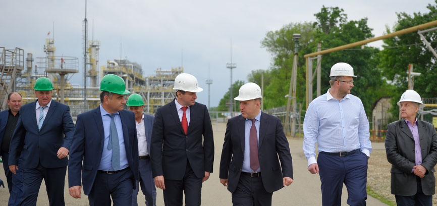 Врио главы республика Адыгея Мурат Кумпилов осматривает объекты Южгазэнерджи