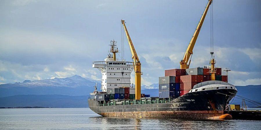 Индия хочет хранить в иранском порту Джаск стратегические запасы нефти, и не только