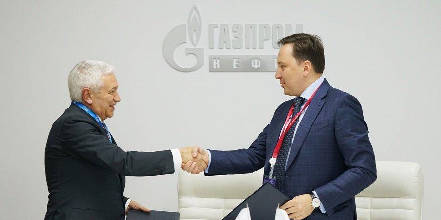 Газпром нефть построит солнечные электростанции на своих НПЗ