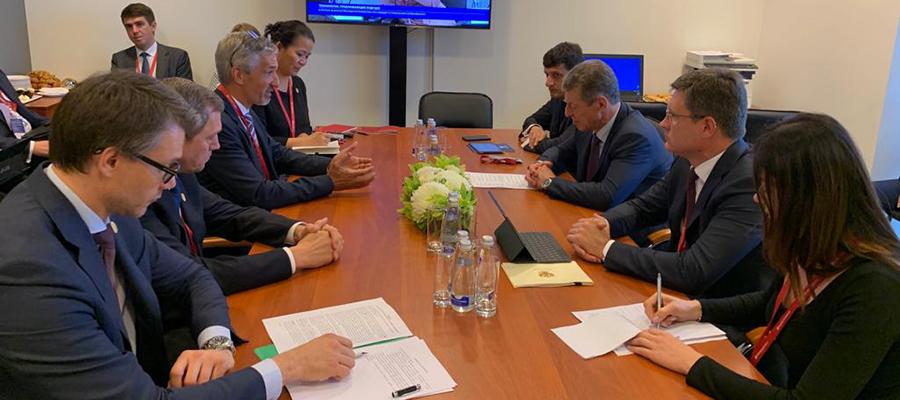 А. Новак принял участие во встрече Д. Козака с генсекретарем МИРЭС К. Фраем