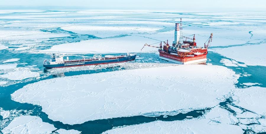 Gazprom Neft produces its 12-millionth tonne of oil at its Prirazlomnoye field
