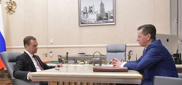 Д. Медведев пообещал специальную помощь Астраханской области, страдающей от изменений в налоговом регулировании