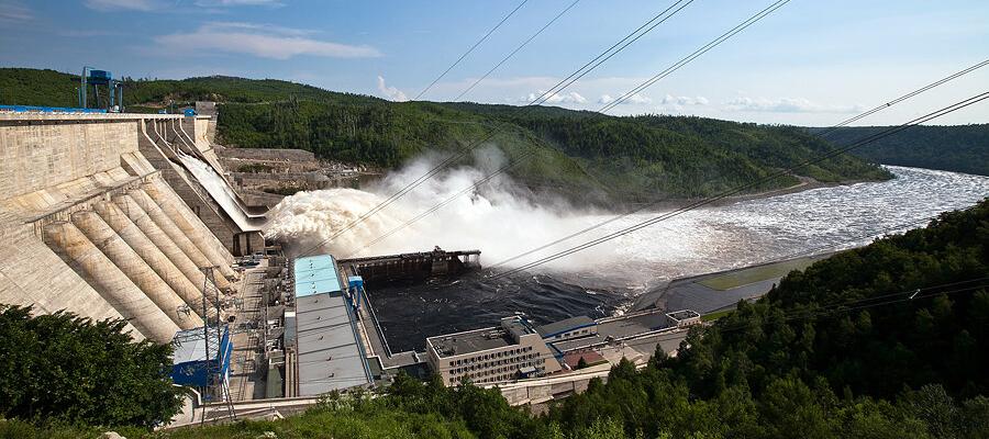 Врио губернатора Хабаровского края М. Дегтярев связал РусГидро с паводками в регионе. Компания ответила дерзко