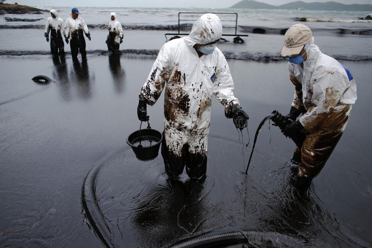 Ликвидация нефтяных разливов с функцией разделения нефти и воды –  технология инженерной компании «ИНТЕРБЛОК»