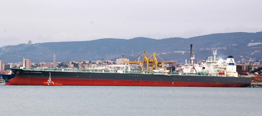 SOCAR купила 3 танкера за 120 млн долл. США
