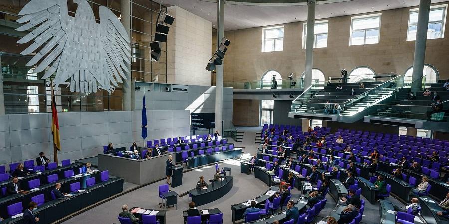 Должно все это остаться на дне Балтийского моря? Бундестаг не стал голосовать по резолюции «зеленых» с требованием остановить МГП Северный поток-2