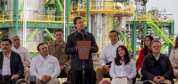 Мексика инвестирует 23 млрд долл США в модернизацию НПЗ, пытаясь справиться с падением доходов от экспорта нефти
