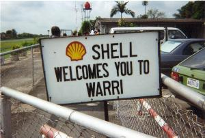 Nigerian militants attack three Shell oil sites