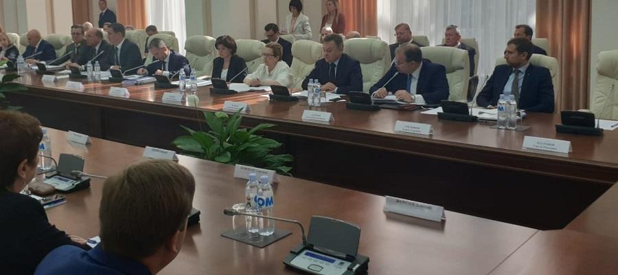 А. Черезов принял участие в 15-ом заседании Межправительственной комиссии по экономическому сотрудничеству между Молдовой и Россией