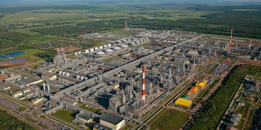 TATNEFT and Russian Energy Ministry signed an investment agreement on the development of advanced oil refining