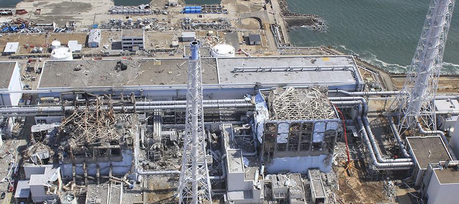 Из бассейна 3-го реактора АЭС Фукусима-1 извлечен 1-й топливный стержень