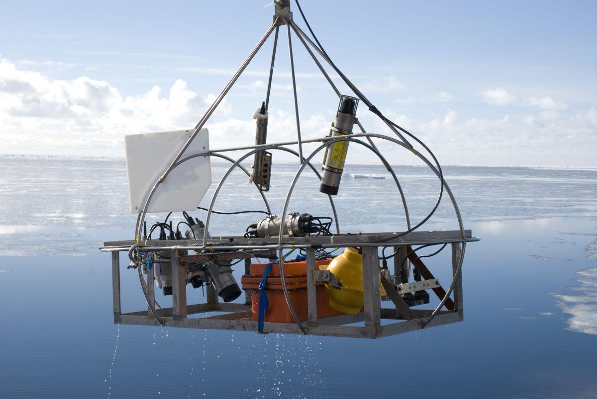 Решение задач нефтегазовой геологии.  Возможности современной гравиразведки и магниторазведки