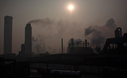 BP: Global carbon emissions flat for 3rd year running, China leading the way