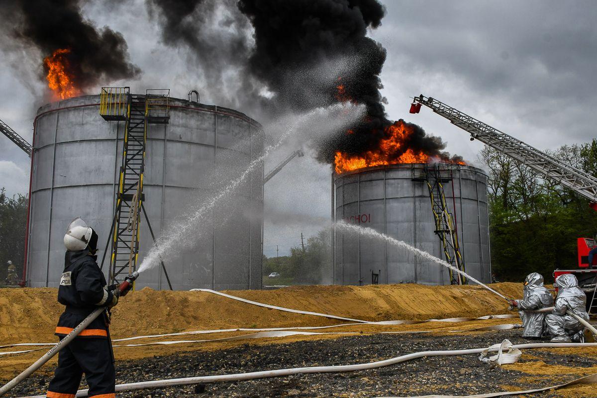 Противопожарная защита РВС с плавающей крышей линейные тепловые пожарные извещатели