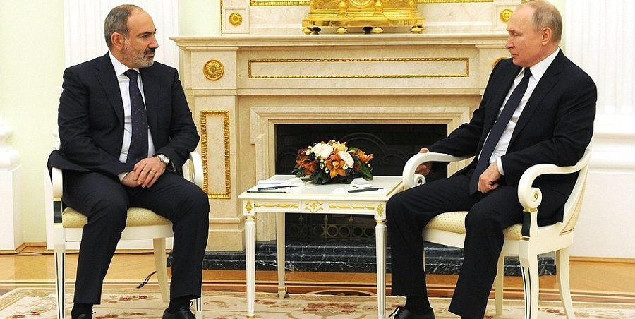 Н. Пашинян предложил В. Путину построить новую АЭС в Армении