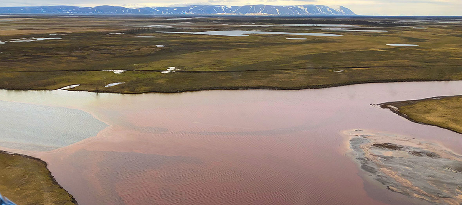 Ученые проверяют озера Таймыра после аварии в Норильске