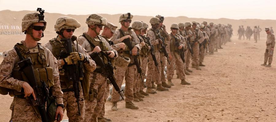 Вывозят нефть? СМИ сообщают о прибытии колонны американской бронетехники в Ирак