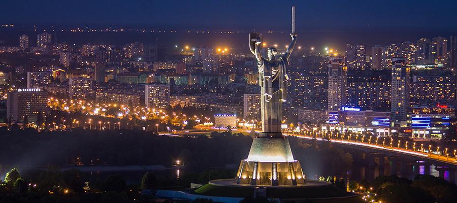 Теневой рынок нефтепродуктов нанес ущерб Украине почти в 2,4 млрд руб.