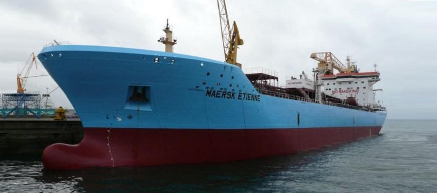 Капитан В. Ерошкин просит помощи для нелегальных мигрантов на танкере-химовозе Maersk Etienne
