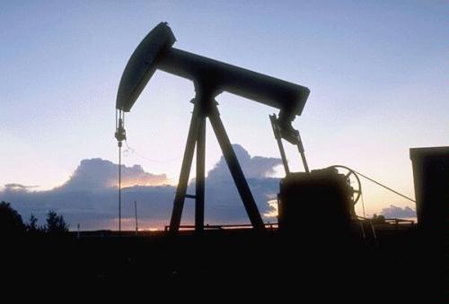 Добыча нефти в январе-апреле 2013 г выросла на 0,4%.