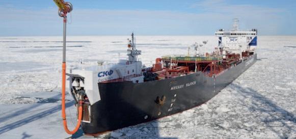 Газпром нефть заключит с Совкомфлотом допсоглашения о фрахтовании арктических танкеров на 1 млрд долл США