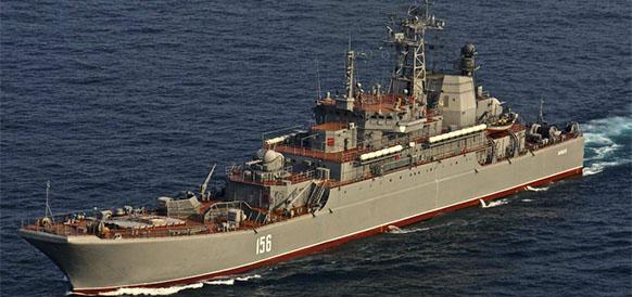 Большой десантный корабль Ямал Черноморского флота -  челнок в операции Сирийский экспресс, опять вернулся в г Севастополь из Средиземного моря
