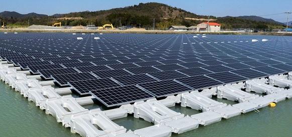 В Иране началось строительство 1-й плавучей солнечной электростанции при ТЭС