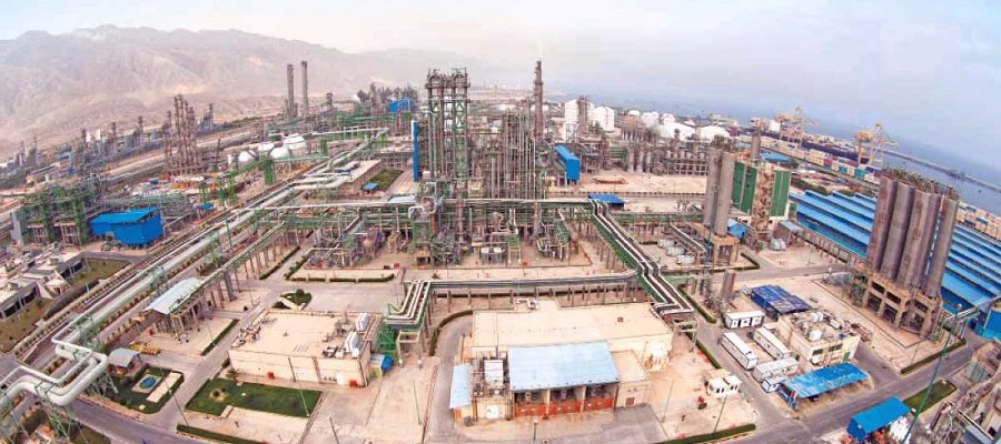 Иран построит новый нефтехимический комплекс в провинции Хормозган