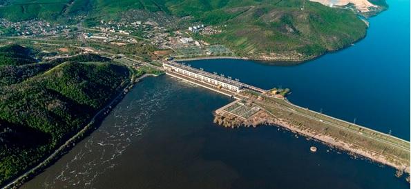 Осенний паводок. Жигулевская ГЭС открыла затворы плотины из-за большого притока воды