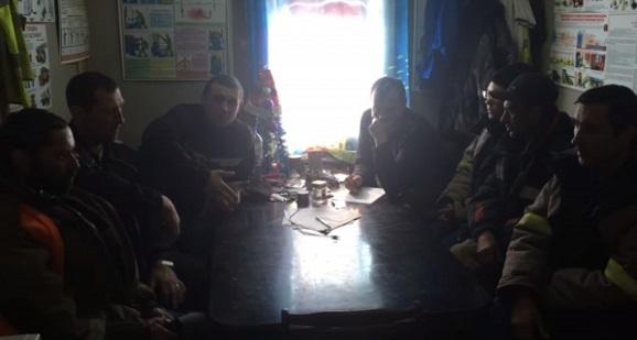 Рабочие на заводе Ямал СПГ вроде бы прекратили голодовку из-за долгов по зарплате с марта 2017 г. Но у следствия есть вопросы (ФОТО и ВИДЕО)