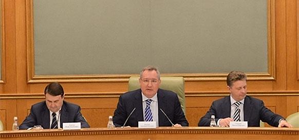 Д. Рогозин: Практика оснащения российских авиаперевозчиков преимущественно иностранными самолетами должна быть прекращена