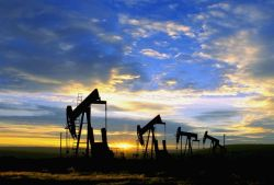 Запасы нефти в США снова снизились